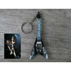 "Keyring Flying V ""Death Magnetics"""