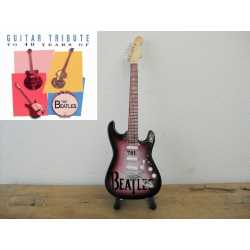 Gitaar The Beatles Stratocaster Tribute